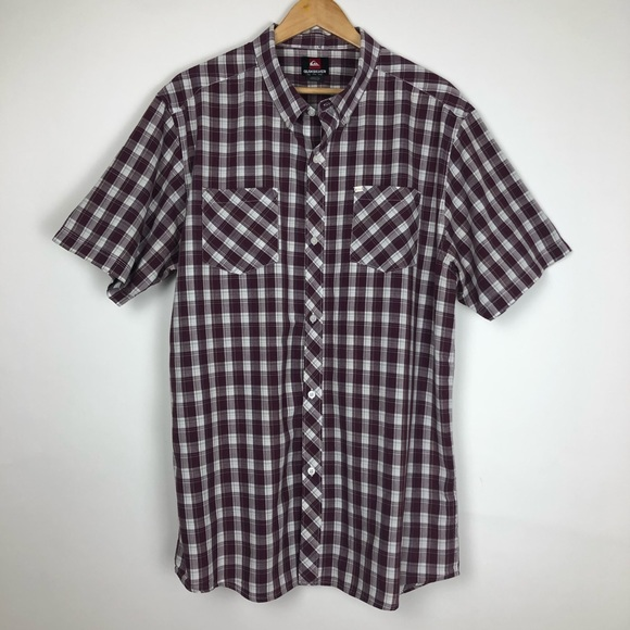 Quiksilver Other - Quiksilver Short Sleeve Button Down Size XXL